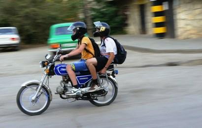 Mopedfahrer (Symbolbild Pixabay)