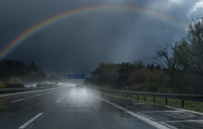 Starkregen führt zu mehreren Verkehrsunfällen