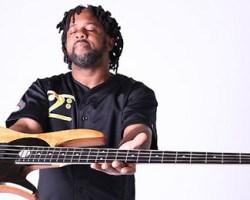 El eximio bajista Victor Wooten llegará a Chile en formato trío