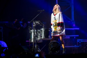Ellie Goulding @ Bumbershoot 2015 by Sunny Martini for Nada Mucho 2