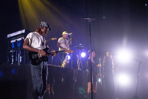 Blood Orange @ The Moore Theatre by Victoria Holt for NadaMucho (9)