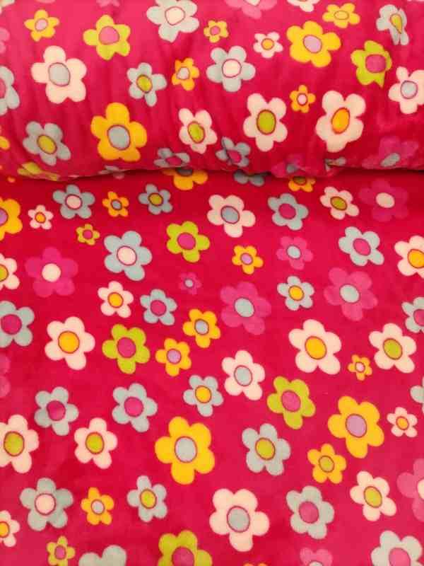 Wellnessfleece Blumen Pink