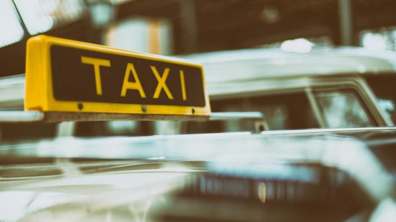 gaza woman taxi driver