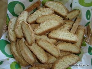 Italienska mandelskorpor