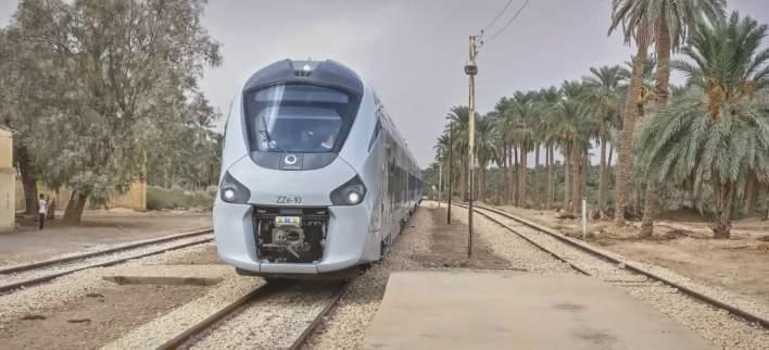 القطارات السكك الحديدية
