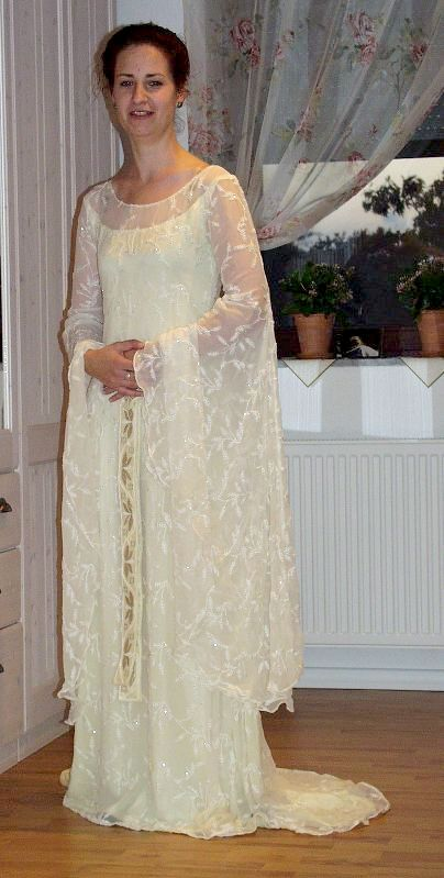 Galadriel Naergis Costuming Site