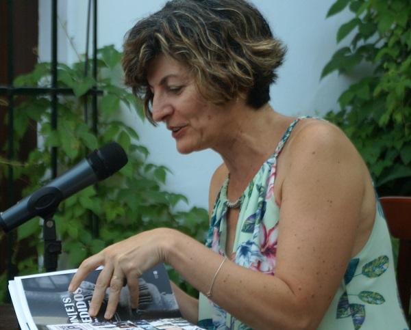 EL BISTURÍ Y OTROS POEMAS. María Ángeles Pérez López