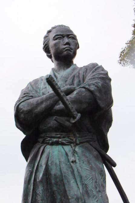 20181227-ryoma02-wakamiyainari-zou (1)