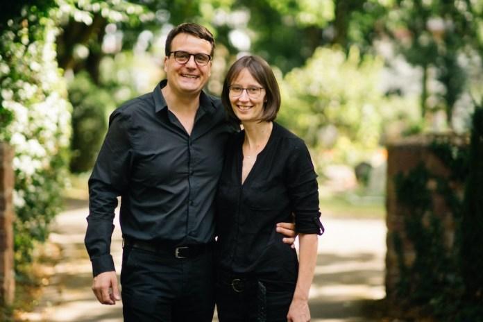 Silvia & Daniel Schütz von Nagel Bestattungn - In Bruchsal für Sie da, wenn Sie uns brauchen!