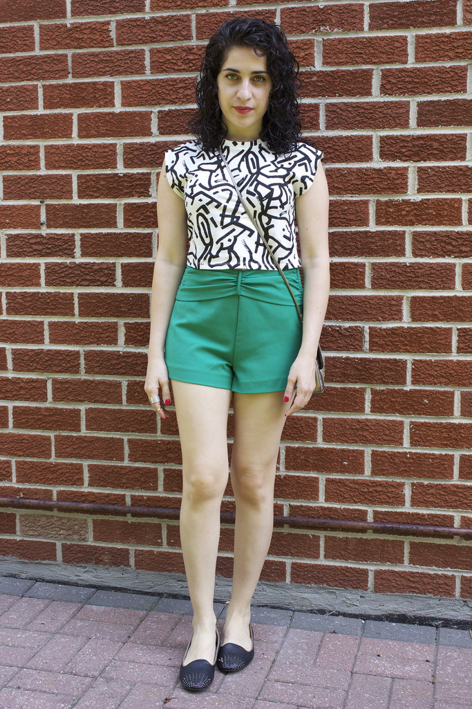 Zara Graphic Crop Top and Shorts Outfit