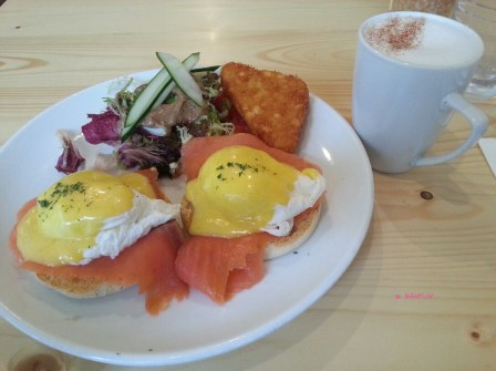 Brunch Club - My Breakfast, Egg Benedict with Smoked Salmon