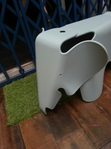 Whale & Cloud - Front View of the Elephant Stool