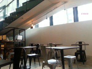 Froth Cafe - Interior