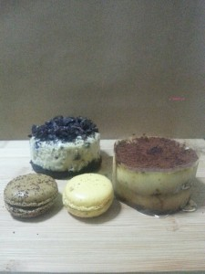 Toothsome Cafe - Cakes and Macaroons