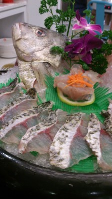 Fu Lin Men Dou Lao Singapore - Fresh Live Red Snapper(whole) 红鸡
