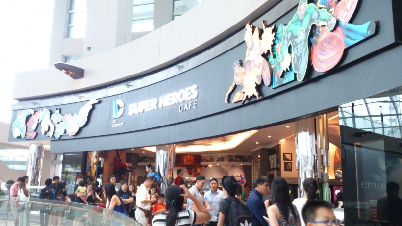 DC Comics Super Heroes Cafe - Cafe Overview