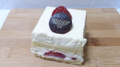 DC Comics Super Heroes Cafe - Strawberry Shortcake