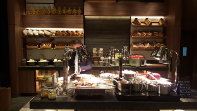 J65 South East Asian Weekday Dinner Buffet - Overview of the Roast and Grill Station