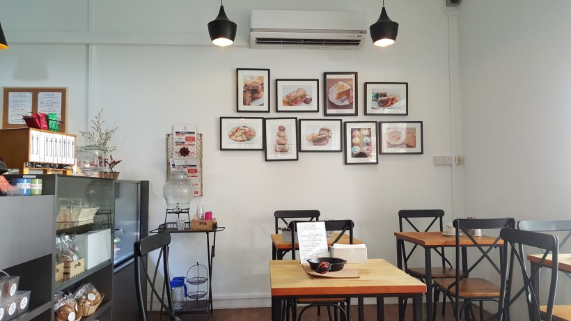 Open Crumb Cafe - Interior