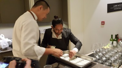 Cosentino Asia's First Dekton Ambassador Chef Andre Chiang - Chef Andre and Chef Edward in action