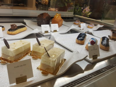 Amiral Atelier At Paragon In Orchard, Singapore - Cakes available