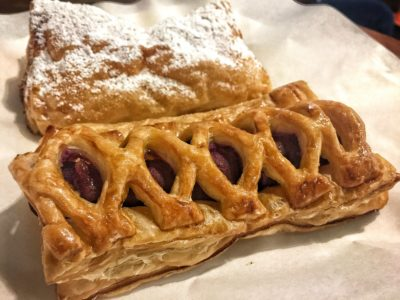 O'Coffee Club Xpress @ Raffles Xchange, O'Coffee Club Launches 'Grab & Go' Concept – Flaky Sweet Potato and Apple Turnover