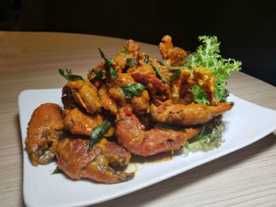 Spice Brasserie's Endless Crabs Party Dinner Buffet At Parkroyal On Kitchener – Salted Egg Crab with Curry Leaves