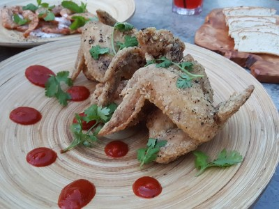 Tin Hill Social, Gorgeous Space With Delicious Food Near Perfection - Fried Chicken Wings, Sriacha, Corriander ($14)