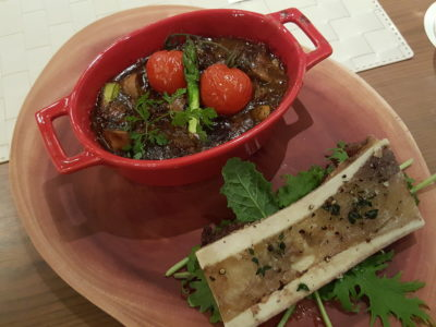 Vineyard At HortPark, Re-opened With Lushy Theme And Localised Menu - Osso Buco al Vino Rosso