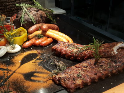 Sea & Blue Buffet Restaurant At Marina Bay Sands Offering Over 100 Dishes - BBQ
