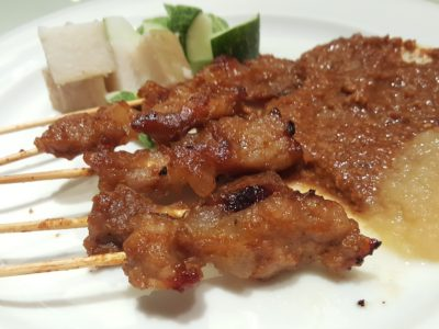 Spices Cafe Singapore Flavours Buffet Lunch At Concorde Hotel - Pork and Chicken Satay