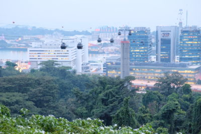 Spuds & Aprons By Faber Peak Singapore, Communal Meal With A View - Dining With A View