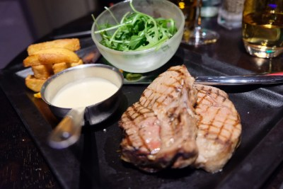 Le Compostelle, An Outstanding Restaurant Which Is A Stone Throw From The Grand Place - Grilled ribeye veal steak, 'Bagna Canda' sauce, Parisian-fried potatoes and rocket (€26)