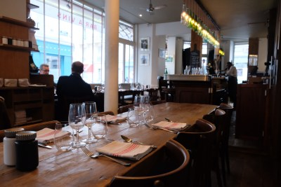 Le 6 Paul Bert, A Restaurant In Michelin Guide That Offers Value-For-Money Delicious Food, Highly Recommend - Interior