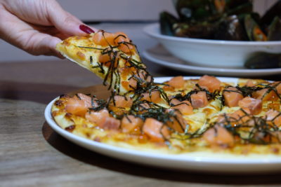 DePizza At Boat Quay, Pizza With Local Flavoured That The Owner Loves - Salmon Sashimi Pizza, Sliced View