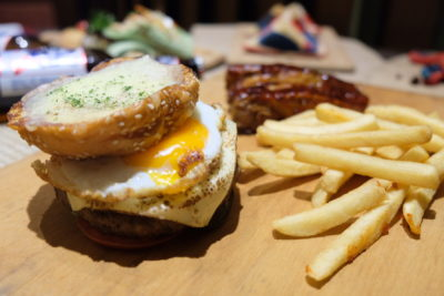 Food Street @ One Farrer Hotel & Spa 2018 With American-Style Theme - Pizza Burger