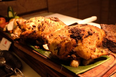 Ginger At PARKROYAL On Beach Road Dishing Pincer Feast - Roast Chicken