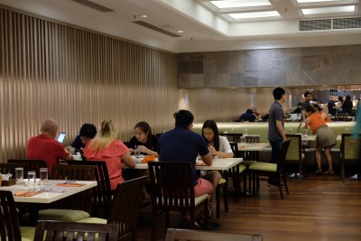 Ginger At PARKROYAL On Beach Road Dishing Pincer Feast - Interior