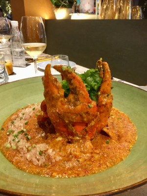 Fantastic Dining Experiences of Blue Lotus Restaurants Singapore - Blue Lotus Signature Chilli Pomelo Crab