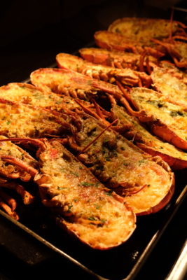 Celebrating 2018 Christmas With Singapore Marriott Tang Plaza Hotel - Lobster Thermidor