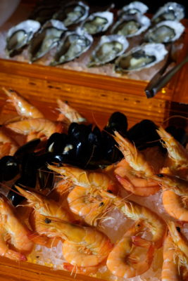 The Carvery's Festive Forest Feast At Park Hotel Alexandra - Seafood On Ice