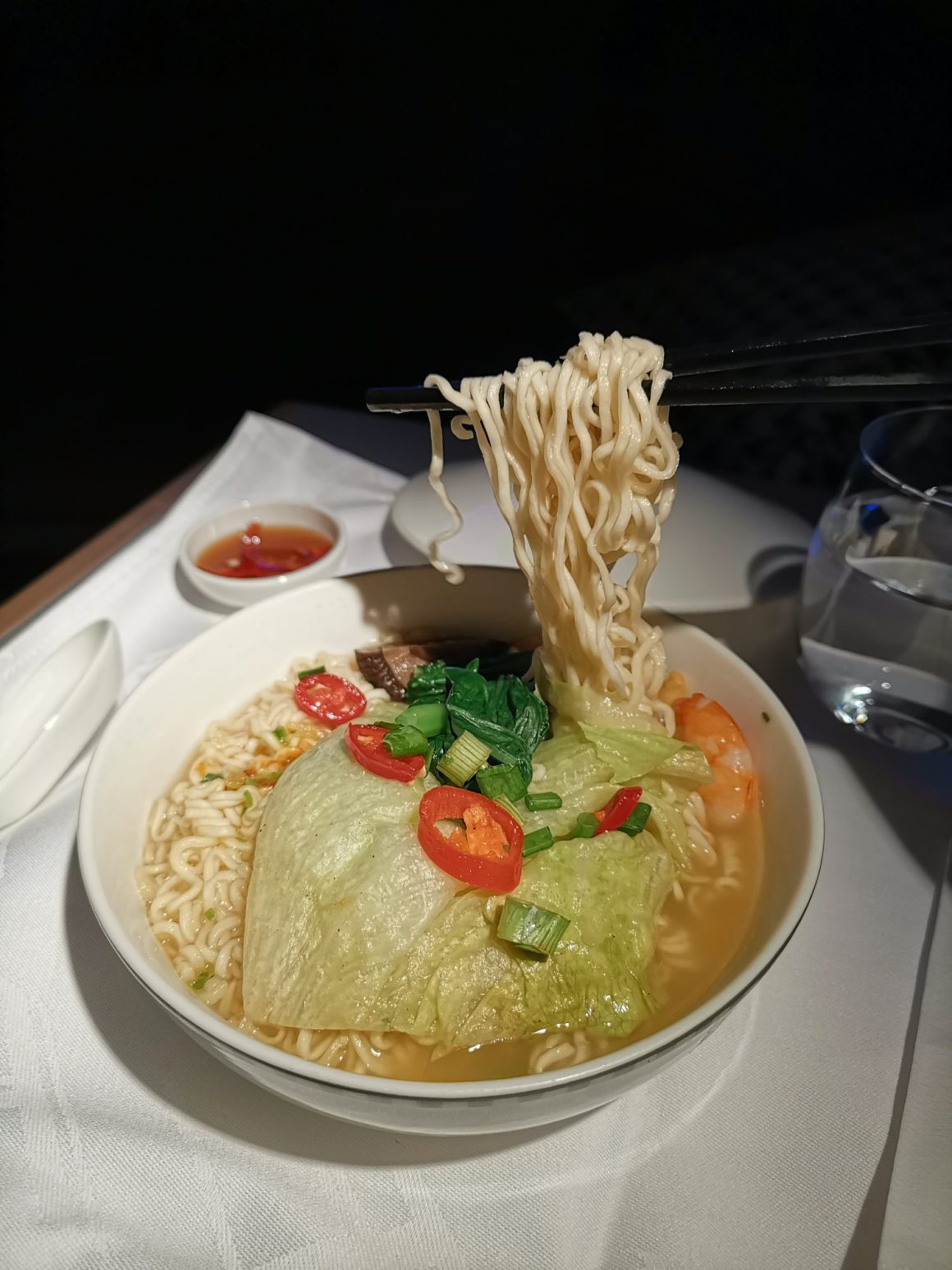 Singapore Airlines Business Class SQ334 From Singapore To Paris – Seafood Noodles