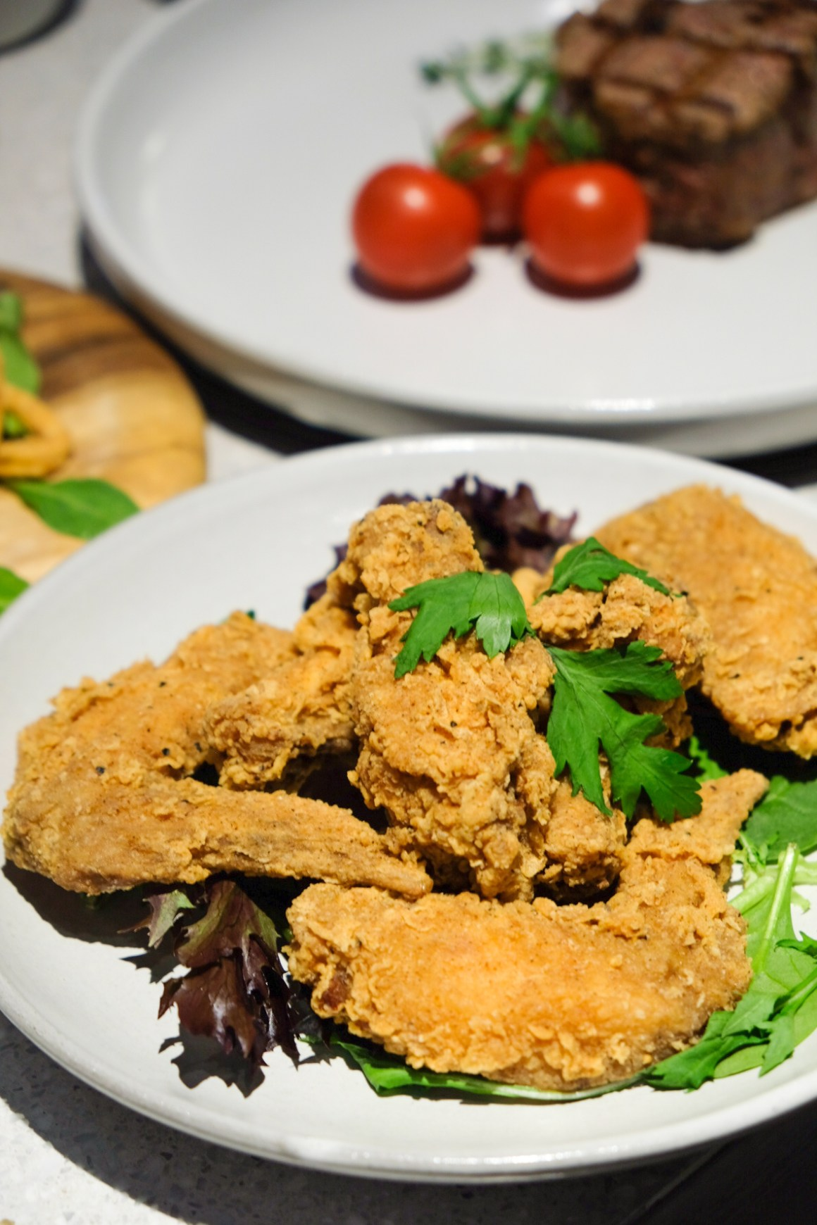 Rumours Bar & Grill @ Jewel Changi, Second Outlet - Deep-fried Chicken Wings ($8.80)