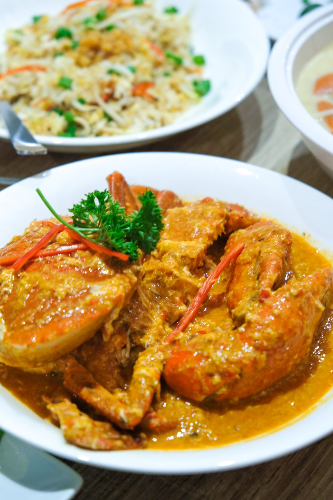 Momma Kong's At Mosque Street, Reunion Of Crab - Red Chilli Crab