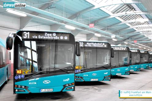 "Busparade: Insgesamt 23 ""Urbino 12""-Busse des Herstellers Solaris fahren ab 11. Dezember 2016 in Frankfurt. © traffiQ Frankfurt am Main"
