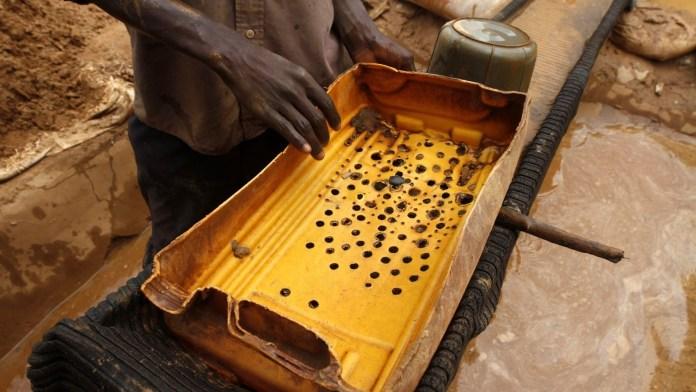 """Nigeria's Enduring """"Gold Wars"""""""