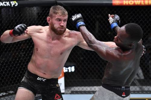 BREAKING: Blachowicz Knocks Off Nigeria's Adesanya To Retain Heavyweight Title