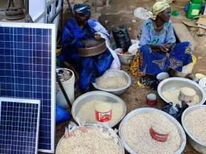 Can renewable energy break the curse of oil on the Nigerian economy