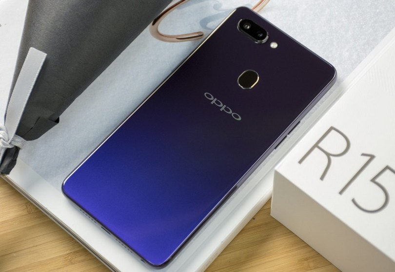 OPPO R15 life image