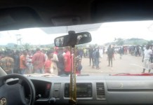 Ekiti University students protest arrest of suspected yahoo boys on campus
